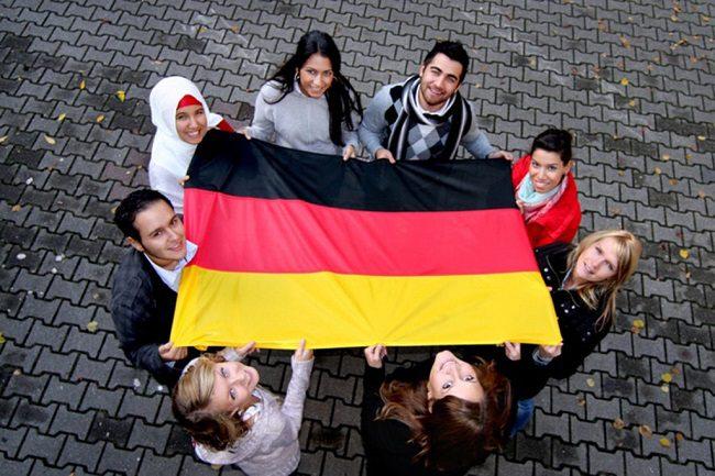 Freshman là gì? Tìm hiểu Chương Trình Du Học Freshman tại Đức